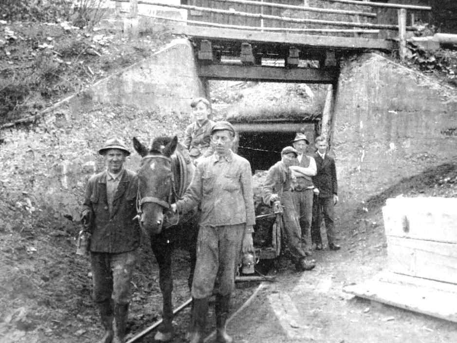 Foto vom Eingang des Barbara-Stollens (Archiv Obrist)