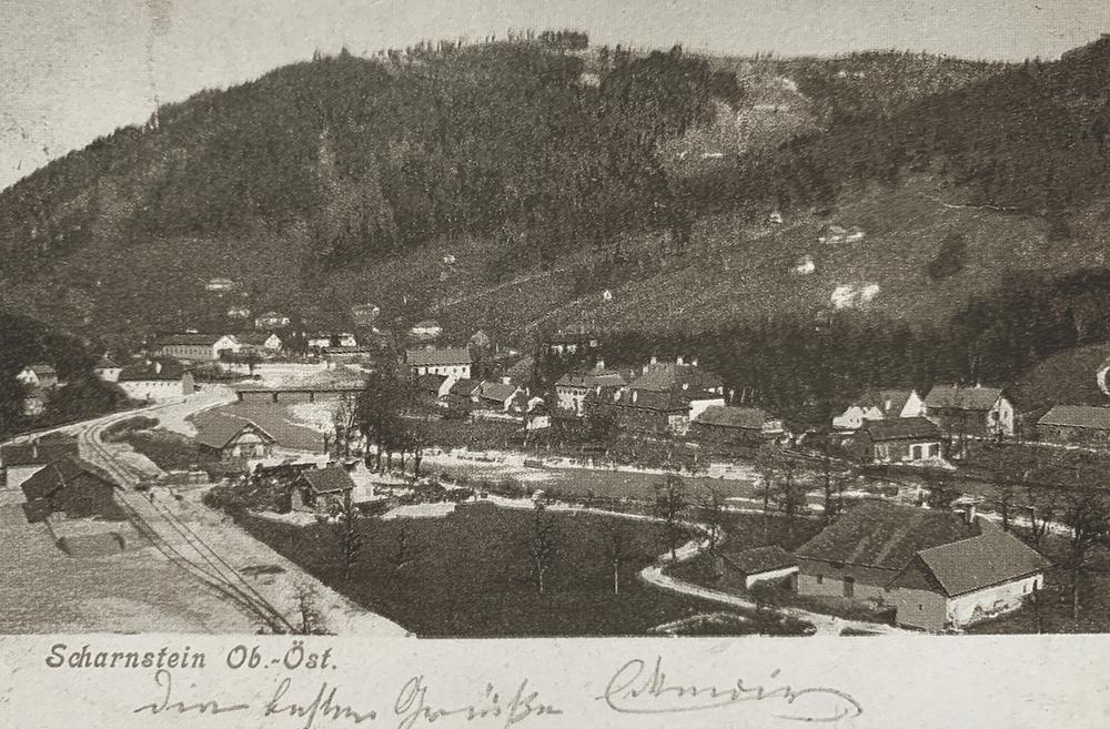 Bild: Die Eröffnung der Almtalbahn 1901 war eine wesentliche Voraussetzung für das weitere Wachstum der Scharnsteiner Sensenfabrik.
