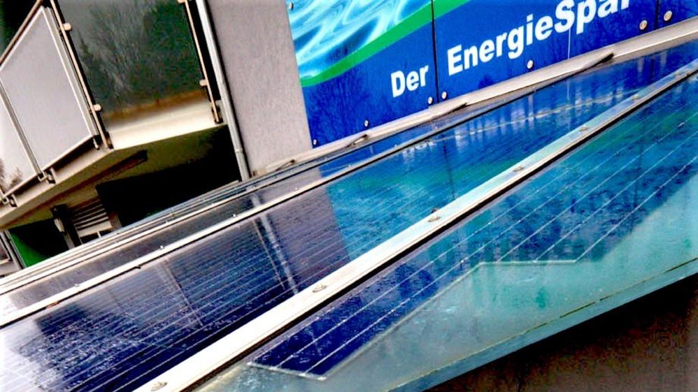 Solarenergie Carport, Foto: © Pöllmann & Partner