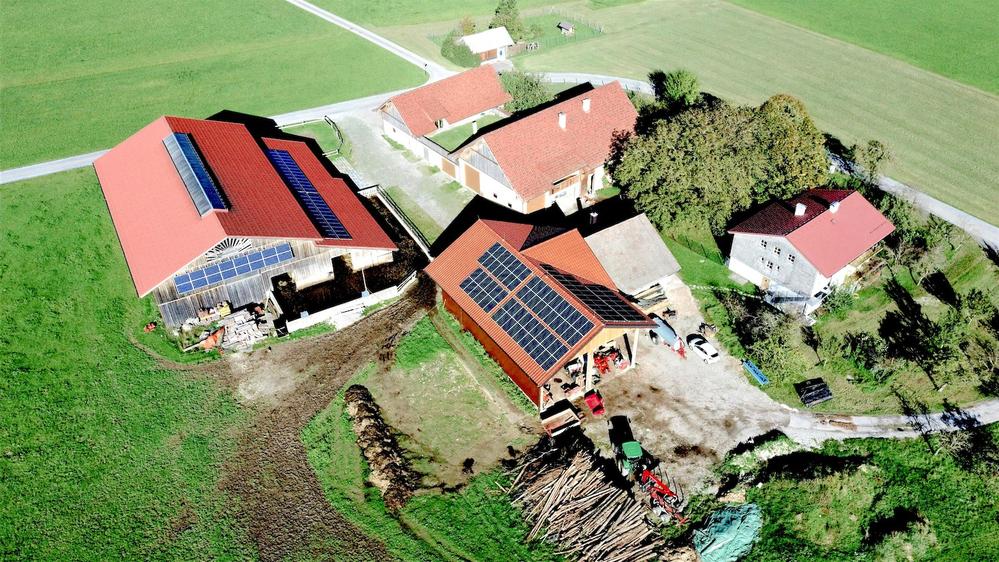 Luftaufnahme Seminar- und Biobauernhof Aubauer