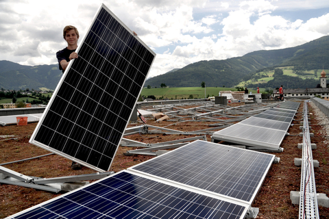 Photovoltaik-Anlage der Gröbminger Sonnenwelt